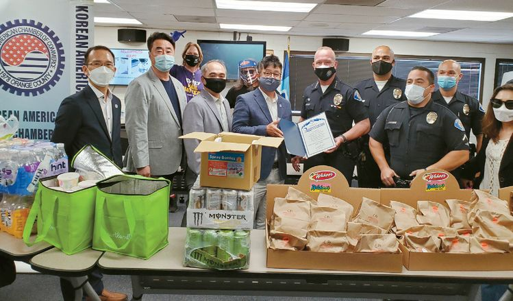 lunch donation to garden grove police department